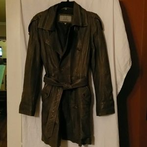 Buttery olive leather trench coat like new